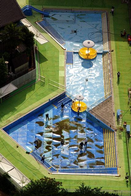 20090628-pool.jpg
