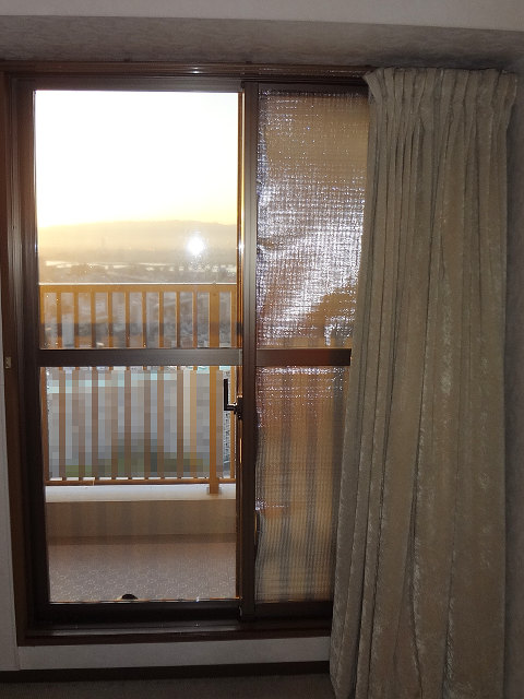 20160405-sunset-inside.jpg