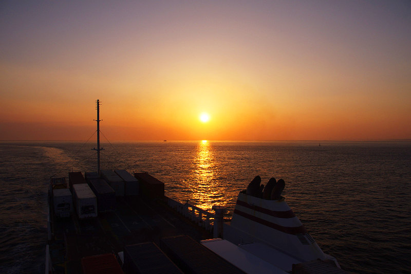 20160419-ferry-sunset.jpg